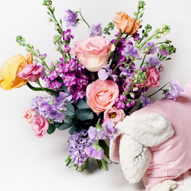 bouquet nascita bambino con pupazzo stoffa