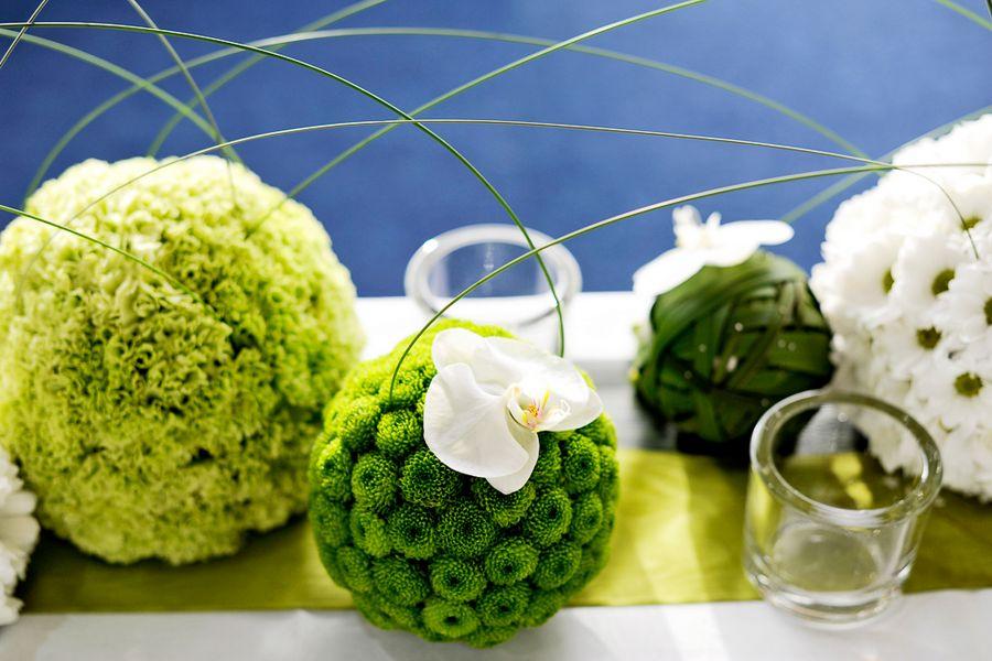 centrotavola sferico in verde
