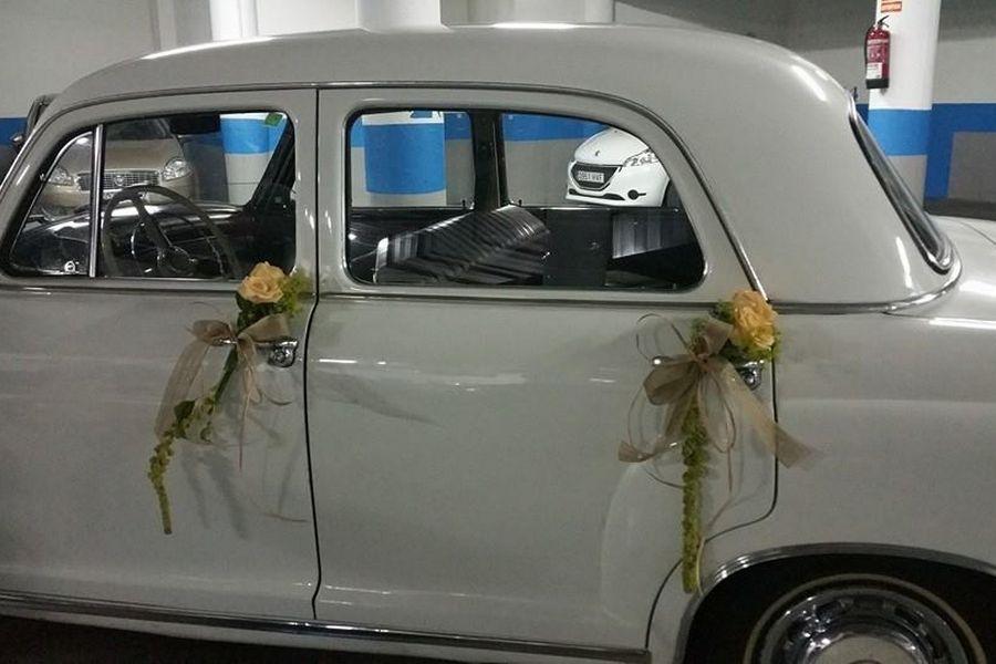 addobbo auto con fiori