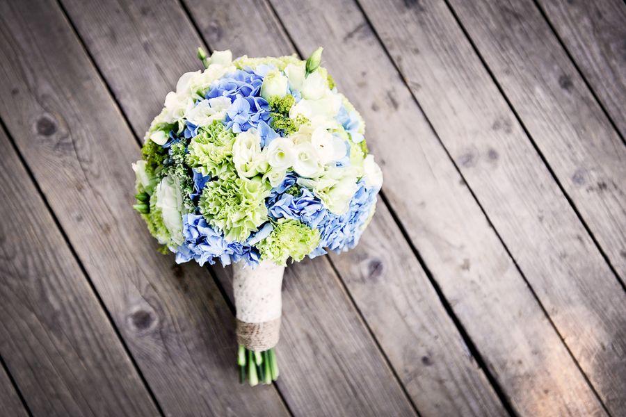 bouquet da sposa azzurro