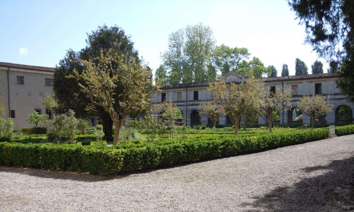 Giardini italiani floradecor - Il giardino dei semplici ...